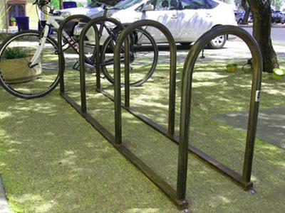 zilio by tomoko bike mounted en hooks rack wall bycicle designed aldo azumi coat for back
